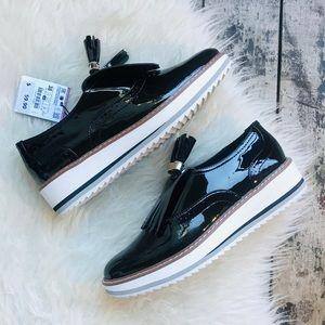 Zara Women's black patent leather platform shoes